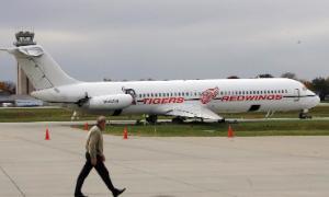 Red Wings Team Plane