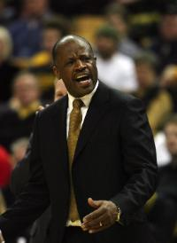 Head coach Mike Anderson