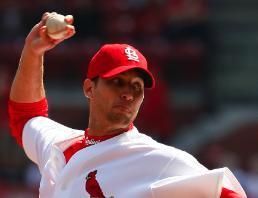 Baseball-STL-AdamWainwright2.jpg