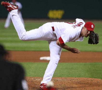 Wainwright paints the corner with his fastball (Bill Greenblatt, UPI)
