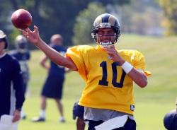 Marc Bulger back at QB (Bill Greenblatt, UPI)