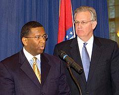 Jay Nixon, Kelvin Simmons