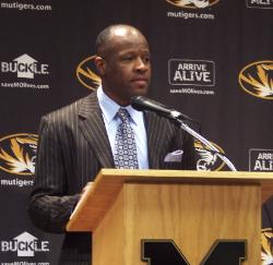Mike Anderson pleased with 2nd half