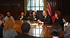 Nixon meets with young entrepreneurs