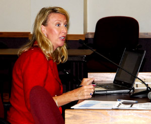 Lorri Unumb testifies at autism hearing