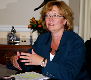Susan Montee