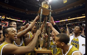 The Missouri Tigers host the Braggin' Rights Trophy, Bill Greenblatt, UPI St. Louis