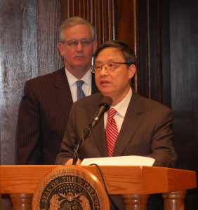 Ambassador Zhou Wenzhong answers questions as Gov. Nixon looks on