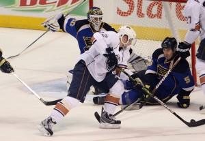 Barrett Jackman goes down to block an Oilers' shot (UPI, Bill Greenblatt)