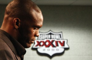 Isaac Bruce prepares for his retirement speech.  UPI/Bill Greenblatt