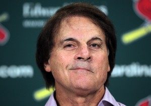 Tony LaRussa said he's not fallling for Kaepernick's act. (File photo/UPI/Bill Greenblatt)