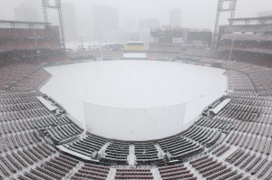 A heavy snow storm falls on Busch Stadium in St. Louis on March 24, 2013. Snow has fallen from 6-12 inches in the area, tapering off on 3/25. The St. Louis Cardinals will open the 2013 season on Aporil 8, 2013.   UPI/Bill Greenblatt