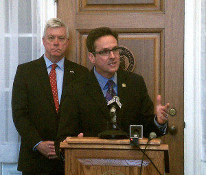 State Senator Kurt Schaefer (right) announces the latest findings in his probe into the release of Missouri CCW holders' information, joined by Lieutenant Governor Peter Kinder (left).