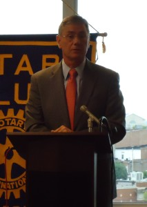 Congressman Blaine Luetkemeyer addresses the Jefferson City Rotary Club on September 16, 2013.