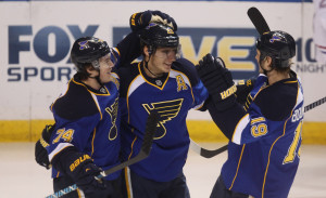 St. Louis Blues Alexander Steen (middle) file photo, UPI/Bill Greenblatt
