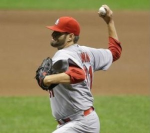 Lance Lynn gets his third win of the season.  (photo/MLB)