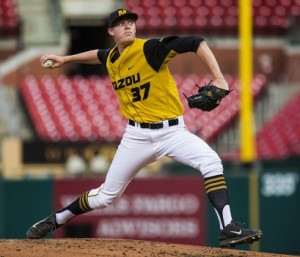 Peter Fairbanks delivers a  pitch at Busch Stadium on Wednesday night. (photo/Mizzou athletics)