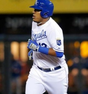Salvador Perez rounds the bases after hitting his home run. (photo/MLB)