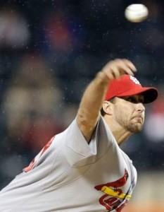 Adam Wainwright delivers a pitch agains the Mets (photo/MLB)