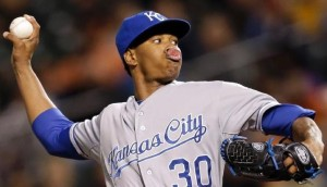 Yordano Ventura delivers a pitch against Baltimore (MLB photos)