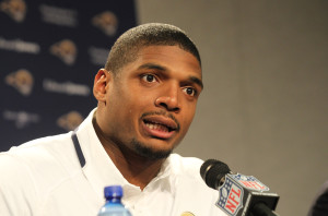 St. Louis Rams rookie Michael Sam talks with reporters at Rams Park in Earth City, Missouri on May 13, 2014. Sam, the first openly gay player was drafted by the Rams in the 2014 draft.  UPI/Bill Greenblatt