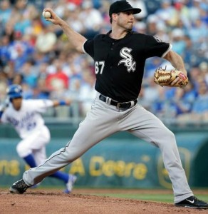 Liberty, Mo. native Scott Carroll delivers a pitch against the Royals on Monday.  (photo/MLB)
