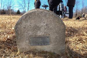 Martha Curnutt's grave in Leasburg, Missouri.  (courtesy; Findagrave.com)