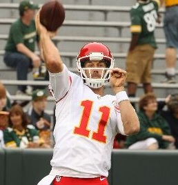 Alex Smith is locked up for another four years (photo/NFL)