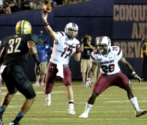 Dylan Thompson throws a pass last week against Vandy (photo/Gamecocksonline.com)