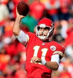 Alex Smith throws a completion against the Jets (photo/NFL)