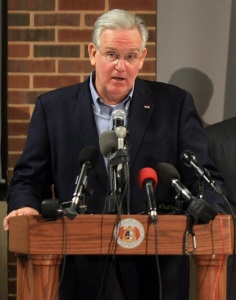 Governor Jay Nixon (UPI/Bill Greenblatt)