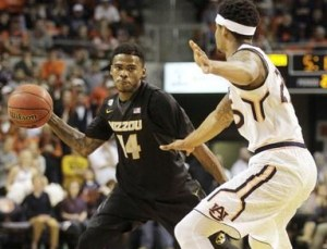 Keith Shamburger led Missouri with 21 points in the loss at Auburn (photo/Mizzou Athletics)