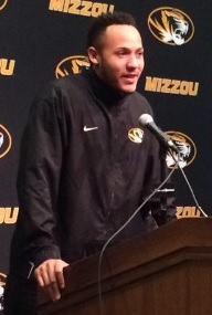 Shane Ray makes his announcement that he will turn pro.