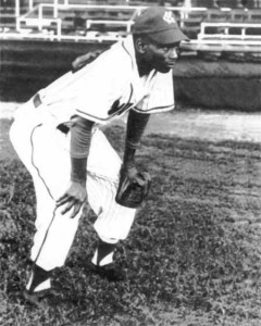 Ernie Banks in 1953 with the Kansas City Monarchs (photo from http://90feetofperfection.com)