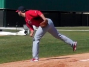 Adam Wainwright throws a bullpen session in Jupiter, FL. last Friday