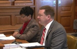Senators Jamilah Nasheed (right) and Bob Dixon present their legislation dealing with Missouri's deadly force law.  (courtesy; Missouri Senate Communications)