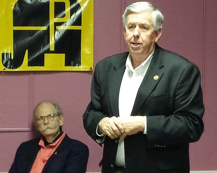 Senator Mike Parson (R-Bolivar) speaks at the monthly meeting of the Randolph County Pachyderms.
