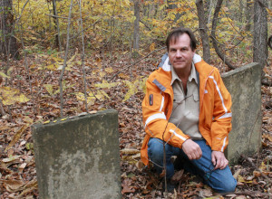 Bill Paxton visits the grave site of his ancestor Benjamin Sharp.  (Photo courtesy of TLC)