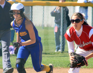 High school softball (photo/MSHSAA)
