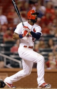 Jason Heyward watches his leadoff home run in the ninth inning (photo/MLB)