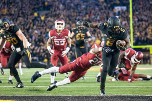 Marcus Murphy scores against Arkansas to clinch the SEC East (photo/Mizzou Athletics)