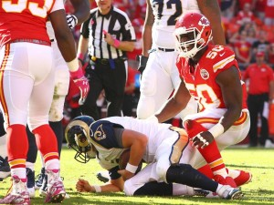 Justin Houston signs biggest contract in Chiefs history (photo/KCChiefs.com)