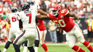 This play by Justin Houston proved the turning point in the Chiefs win over Houston (photo/KCChiefs.com)