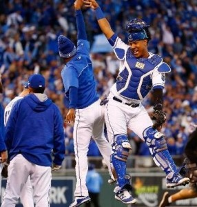 The Royals celebrate going up 2-0 in the ALCS (photo/MLB)