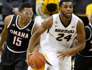 Kevin Puryear pushes the ball up court against UNO (photo/Mizzou Athletics)