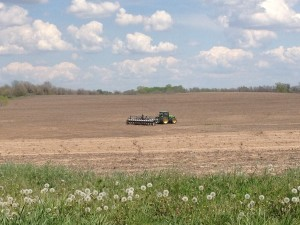 Missouri farmland (photo:  A Boy and His Papa, Cindy Schroeder, courtesy of Missouri Department of Agriculture)