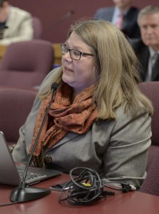 Representative Gina Mitten challenges Republicans on the ethics reform proposals being fast-tracked. (photo courtesy; Tim Bommel, Missouri House Communications)