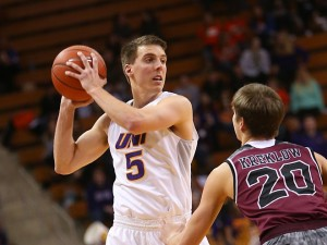 Ryan Kreklow (20) guards a UNI player (photo/UNI Athletics)