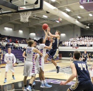 Helias Catholic advances to the Class 4 final four after their win over Glendale (photo/HeliasCatholic.com)