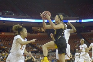 Sophie Cunningham drives against Texas (photo/Mizzou Athletics)